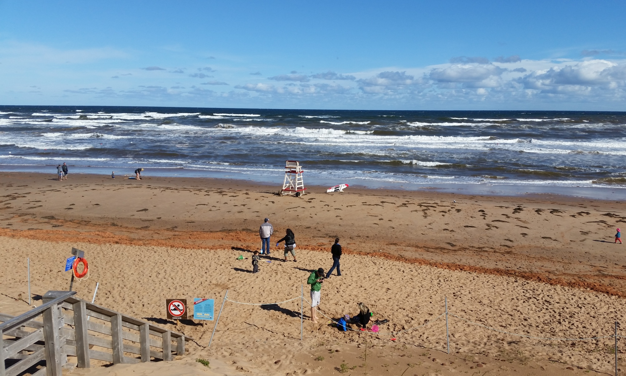 Cavendish-Beach-waves-20160830_100828